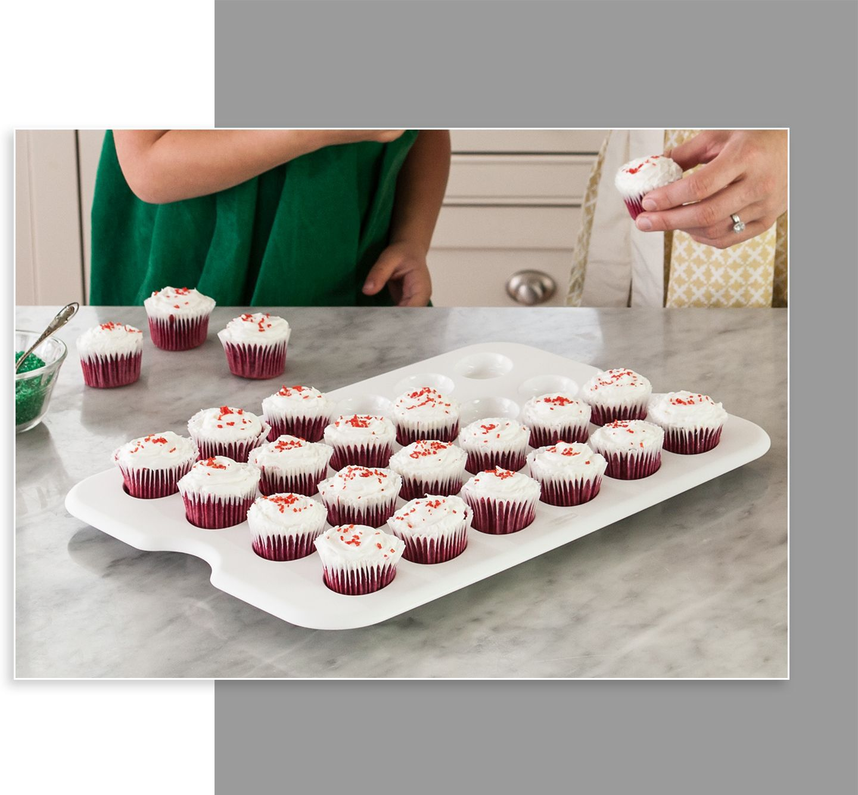 Rubbermaid cupcake tray serveware party