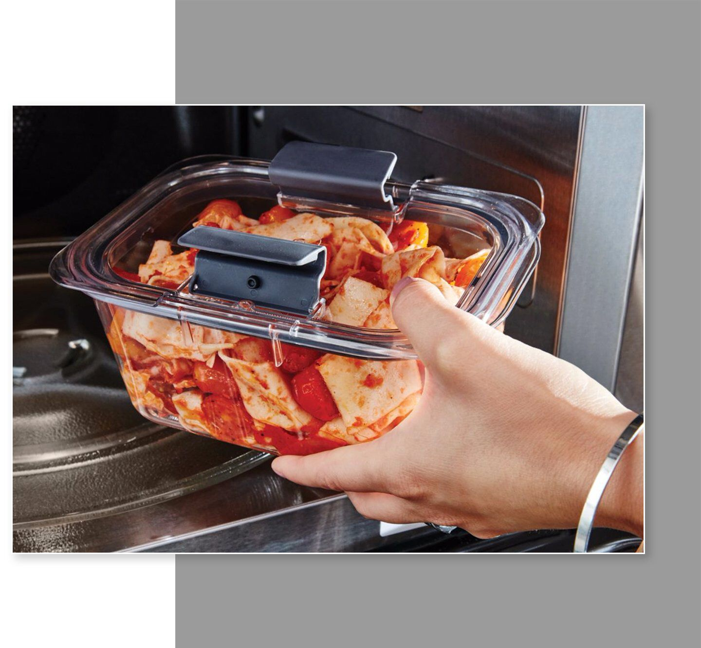 Rubbermaid brilliance food storage container microwave